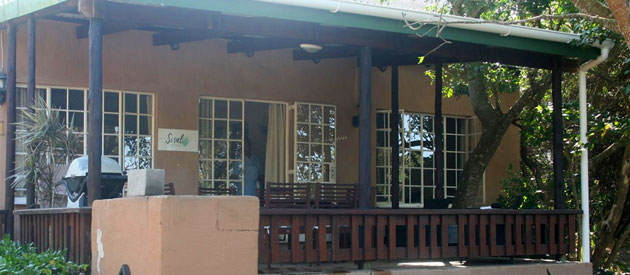 crafters lodge, sodwana bay, self catering, security, accommodation, pet friendly, air conditioned, things to do, activities, diving, game drives, deep sea fishing, kwazulu-natal